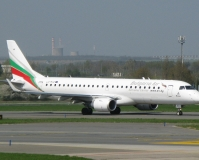 Emb-190, Bulgaria Air, PRG, 26.4.2013 (13:04)
